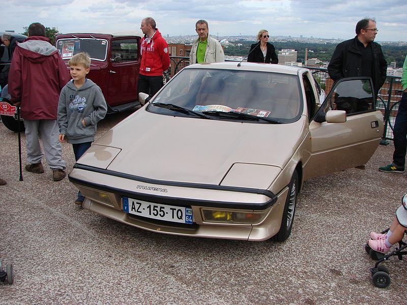 File:Suresnes Auto Retro14.JPG