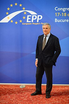 Antonio Tajani al congresso del Partito Popolare Europeo nel 2012