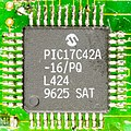 Tally T7110 - controller - Microchip PIC17C42A-9670.jpg