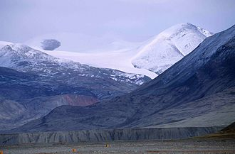 Conger Range - Image: Tanquary Fiord 12 1997 08 05