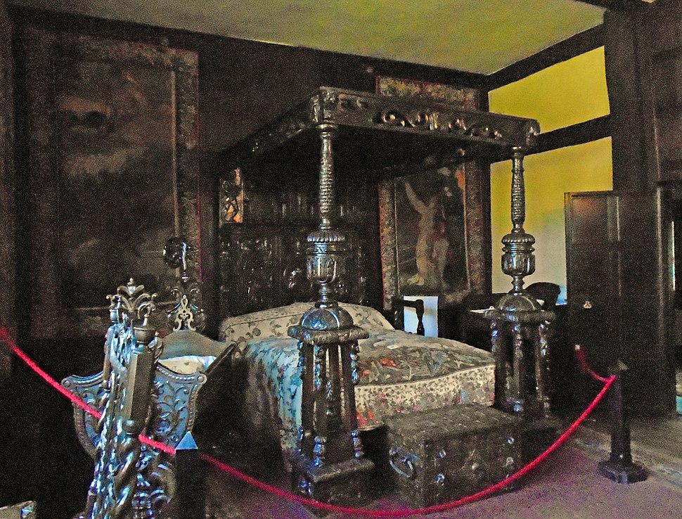 Tapestry Bedroom, Speke Hall 2