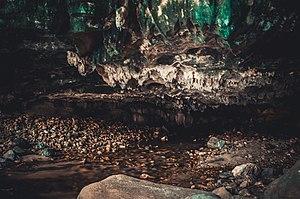 Chaloem Rattanakosin National Park - Than Lot Noi Cav