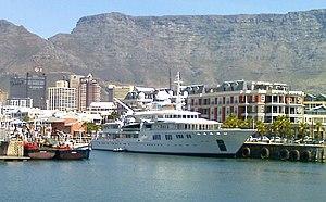 Tatoosh (yacht) - Image: Tatoosh, V&A Waterfront, Cape Town, 18 Oct 2008