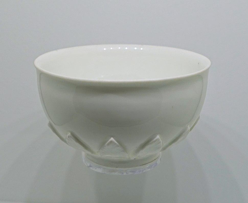 Tea bowl, Meissen Factory, Germany, c. 1730, hard-paste porcelain - Montreal Museum of Fine Arts - Montreal, Canada - DSC09242