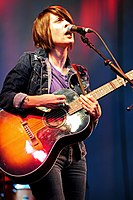 Tegan and Sara @ NIB Stadium (4 12 2010) (5252473341).jpg