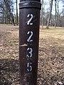 Teplice, zámecká zahrada, číslo lampy.jpg