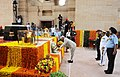 The President, Shri Ram Nath Kovind laying wreath at the Amar Jawan Jyoti, India Gate, on the occasion of 71st Independence Day, in New Delhi.jpg