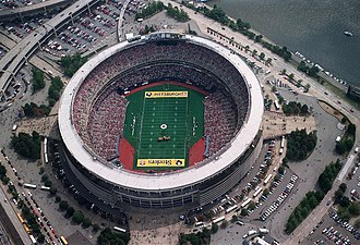 Three Rivers Stadium - A Steelers game in 1996