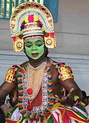 Thrippunithura-Ottamthullal-Performer-2 crop