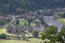 Tintern from Devil's Pulpit.JPG