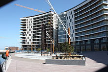 Titanic Quarter apartments and sculpture, Belfast, April 2010 (01).JPG