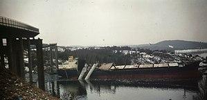 Almö Bridge - Collapsed bridge and MS Star Clipper