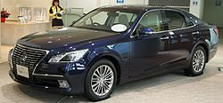 Toyota Crown Royal (S210)