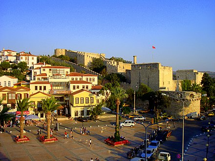 Cesme, Turkey a coastal Turkish town with houses in regional style and an Ottoman Castle Turkish.town.cesme.jpg