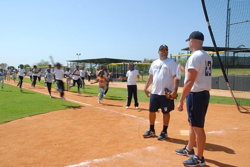 File:U.S. Southern Command Holds Baseball Clinic DVIDS167076.jpg