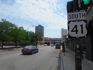 U.S. Route 41 in Illinois - US 41 southbound from the junction with the southern terminus of US 14 in Chicago