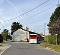 Un bus Colibri direction Miribel à l'intersection de la rue des Gravelles et de la rue des Andrés (Saint-Maurice-de-Beynost) en octobre 2021.jpg