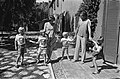 V.l.n.r. prins Willem-Alexander, prins Johan Friso, prinses Beatrix, prins Carlo, Bestanddeelnr 928-0581.jpg