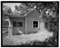 VIEW OF REAR LOOKING EAST - 808 Short Bewick Street (House), Waycross, Ware County, GA HABS GA-2226-4.tif