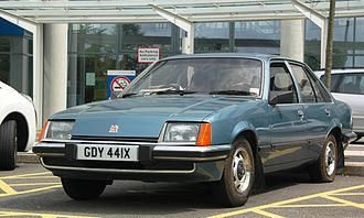 Vauxhall Carlton - Pre-facelift Carlton Mk 1 saloon