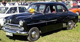 vauxhall velox 4-door saloon 1955 jpg