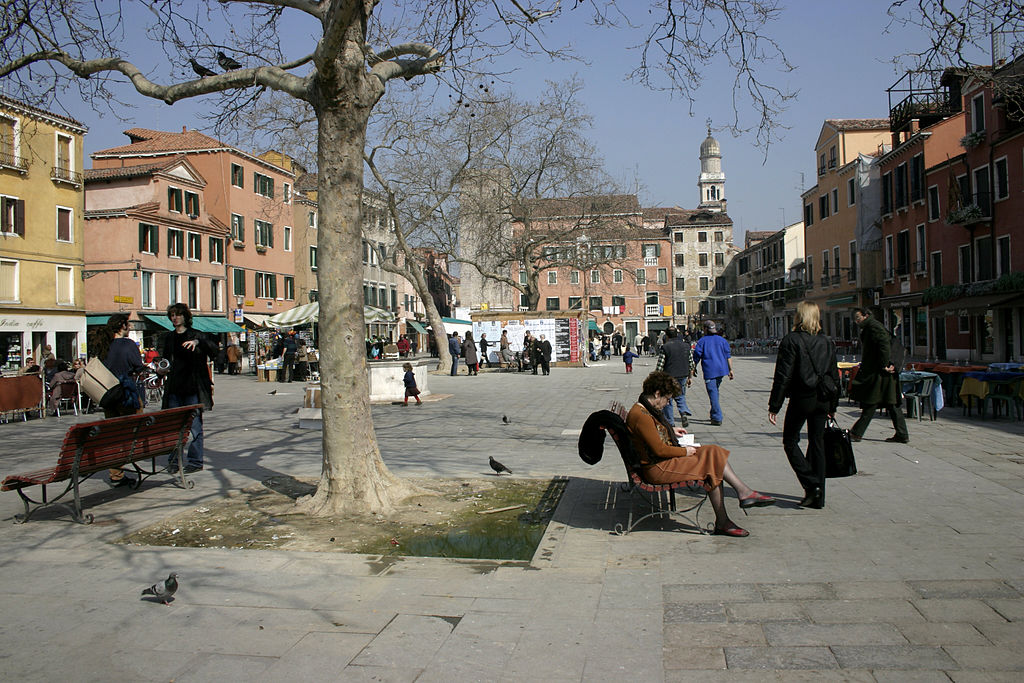 A square in Venice, an example of carfree city