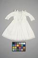 Vit barnklänning - Livrustkammaren - 86880.tif