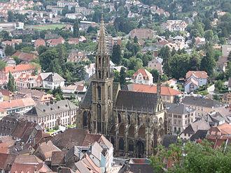 St Theobald's Church, Thann - Image: Vue plongeante sur Thann et son église