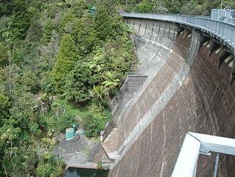 Waitakere Reservoir - Waitakere Dam from above