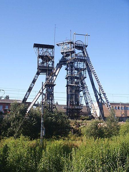 Szyb kopalni węgla kamiennego