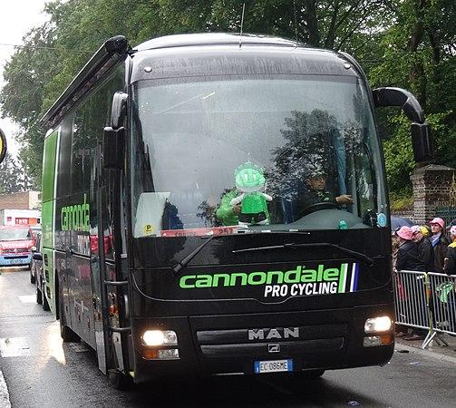 Wallers - Tour de France, étape 5, 9 juillet 2014, arrivée (A55).JPG