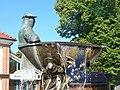 Wandlitz - Fischerbrunnen (Fisherman's Fountain) - geo.hlipp.de - 41818.jpg