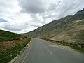 Way to lu lu sar lake.jpg