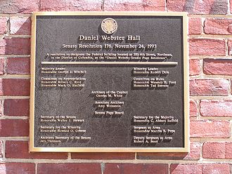 Plaque outside the Senate Page Residence Webster Hall (Daniel Webster Senate Page Residence).JPG