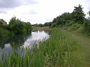 Wednesbury Oak Canal rural.jpg