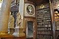 Wien, Österreichische Nationalbibliothek, Prunksaal (1726) (27870054499).jpg