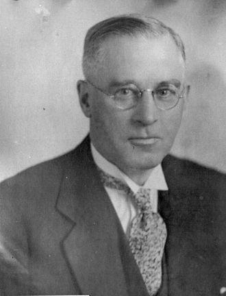William J. P. MacMillan - Image: William Macmillan