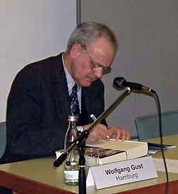 http://upload.wikimedia.org/wikipedia/commons/thumb/f/fb/Wolfgang_Gust.jpg/250px-Wolfgang_Gust.jpg