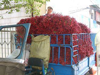 Hubei cuisine - Image: Wuhan pepper truck 0138