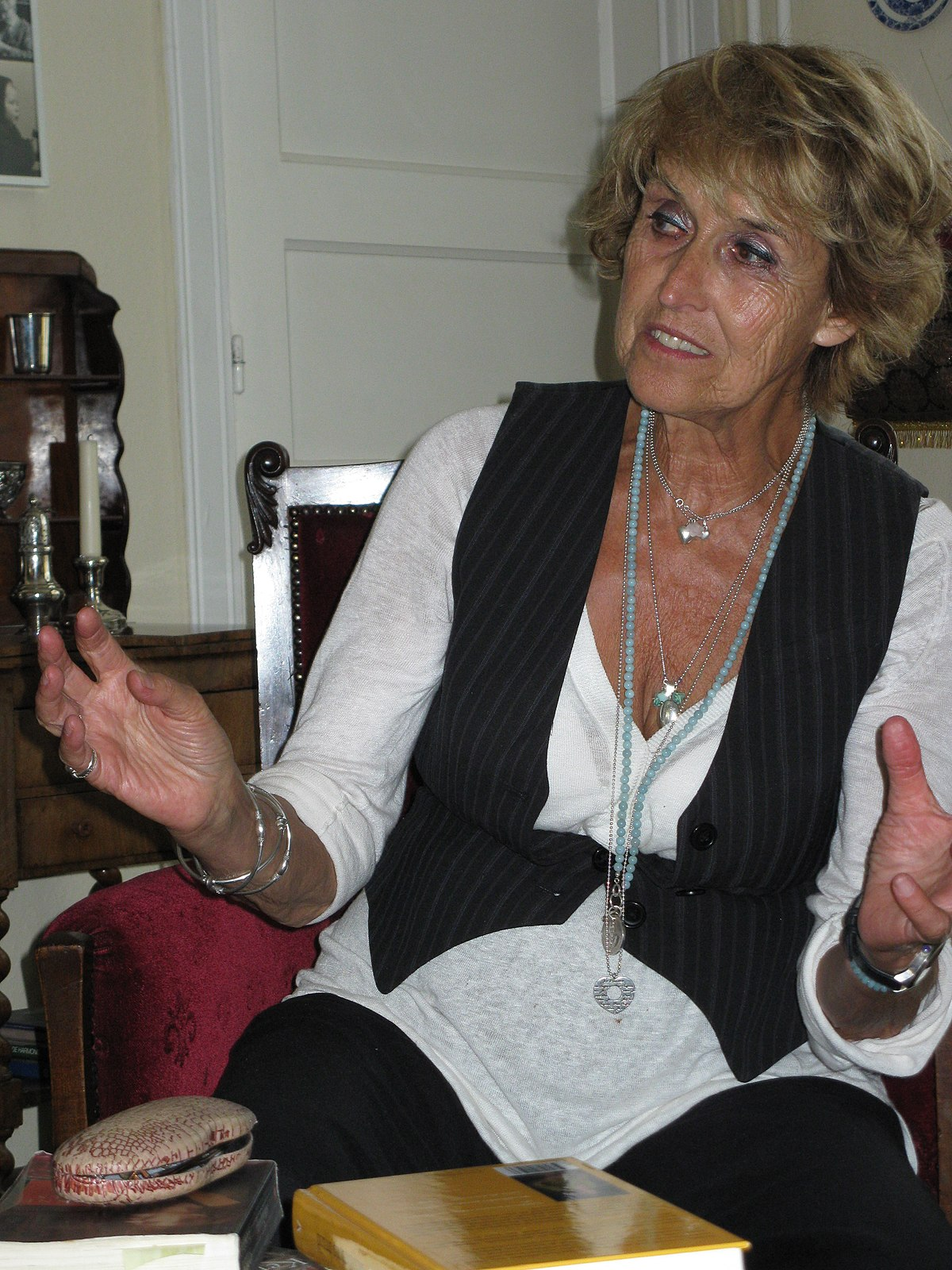 Yvonne Keuls - Wikipedia