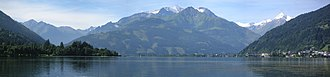 Zell am See - Panoramic view from Lake Zell to Hoher Tenn massif (Zell am See on the right)