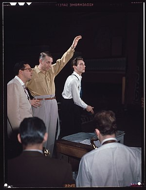 Stan Kenton - (From left:) Pete Rugolo, Stan Kenton, and Bob Graettinger in 1948.