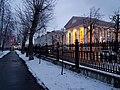 Вид на здание библиотеки им.Горького со стороны горсада (5).jpg