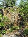 Колишній кар'єр з видобутку каміння (альпійський тип садово-паркового ландшафту). Урочище Голендерня.jpg