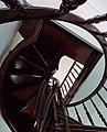 Марьино Дворец Интерьер Винтовая лестница (фото 4) Рыльский район 2019.jpg
