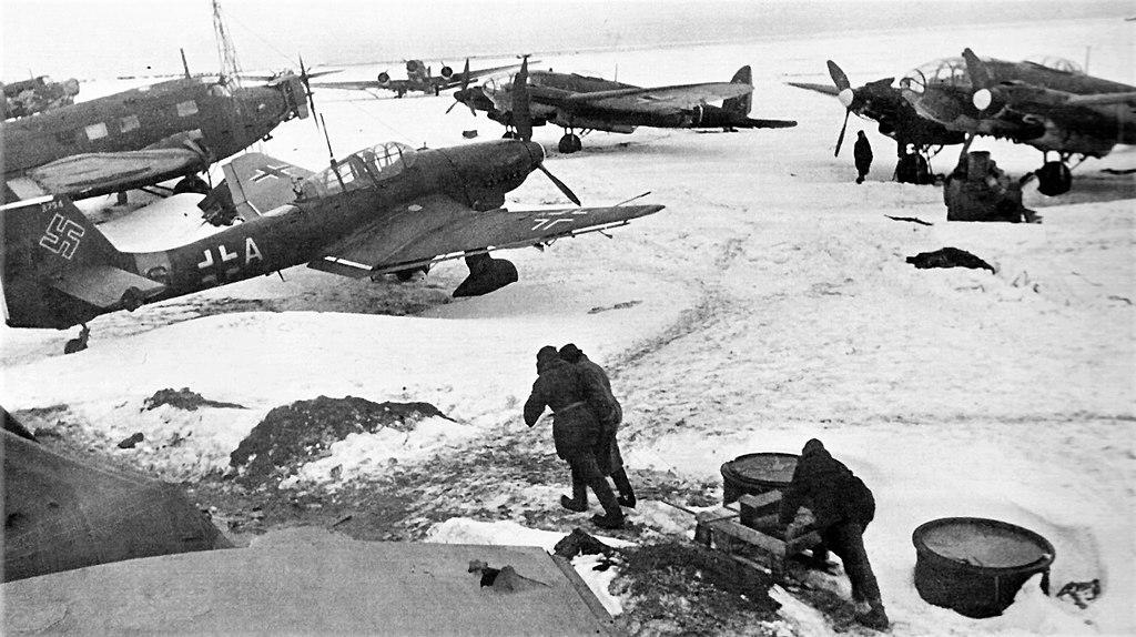 Сталинградская область. Захваченный немецкий аэродром