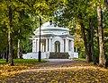 Центральная ротонда в Александровском саду.jpg