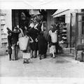 המאורעות בארץ ישראל 1938 - ירושלים חיפושים גופניים לנשק-PHL-1088104.png