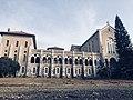 חזית המנזר 1.jpg