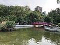 台北市文山區興隆公園-園內噴水池以及吊橋.jpg